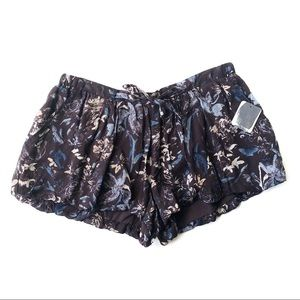 Urban Outfitters Kimchi Blue S Brown Floral Shorts